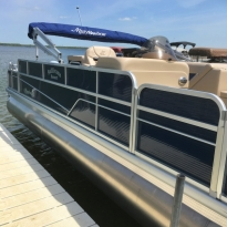 sullivans-resort-pontoon-exterior