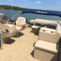 sullivans-resort-pontoon-interior-2