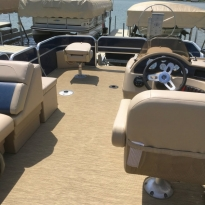 sullivans-resort-pontoon-interior